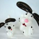 Zwei Ballonhunde