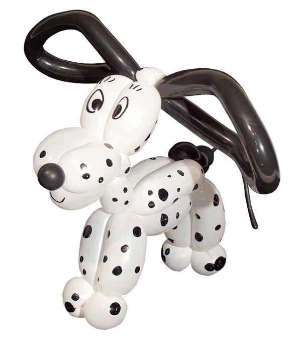 Luftballonkünstler im Autohaus Hier: Ballon-Dalmatiner