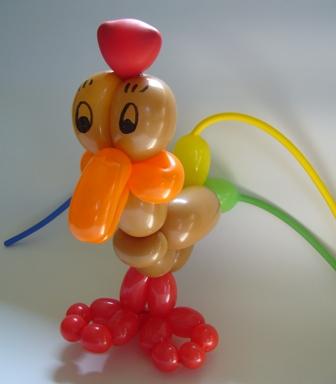 Luftballontiere Soest mit tollen Luftballonkünstlern für Ihre Veranstaltung - Ballontier Huhn