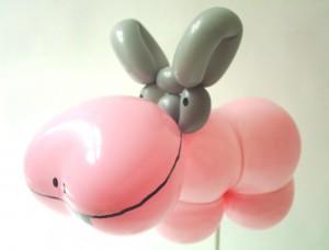 Ballontiere Bückeburg mit tollen Luftballonkünstlern! - Luftballonfigur Nilpferd